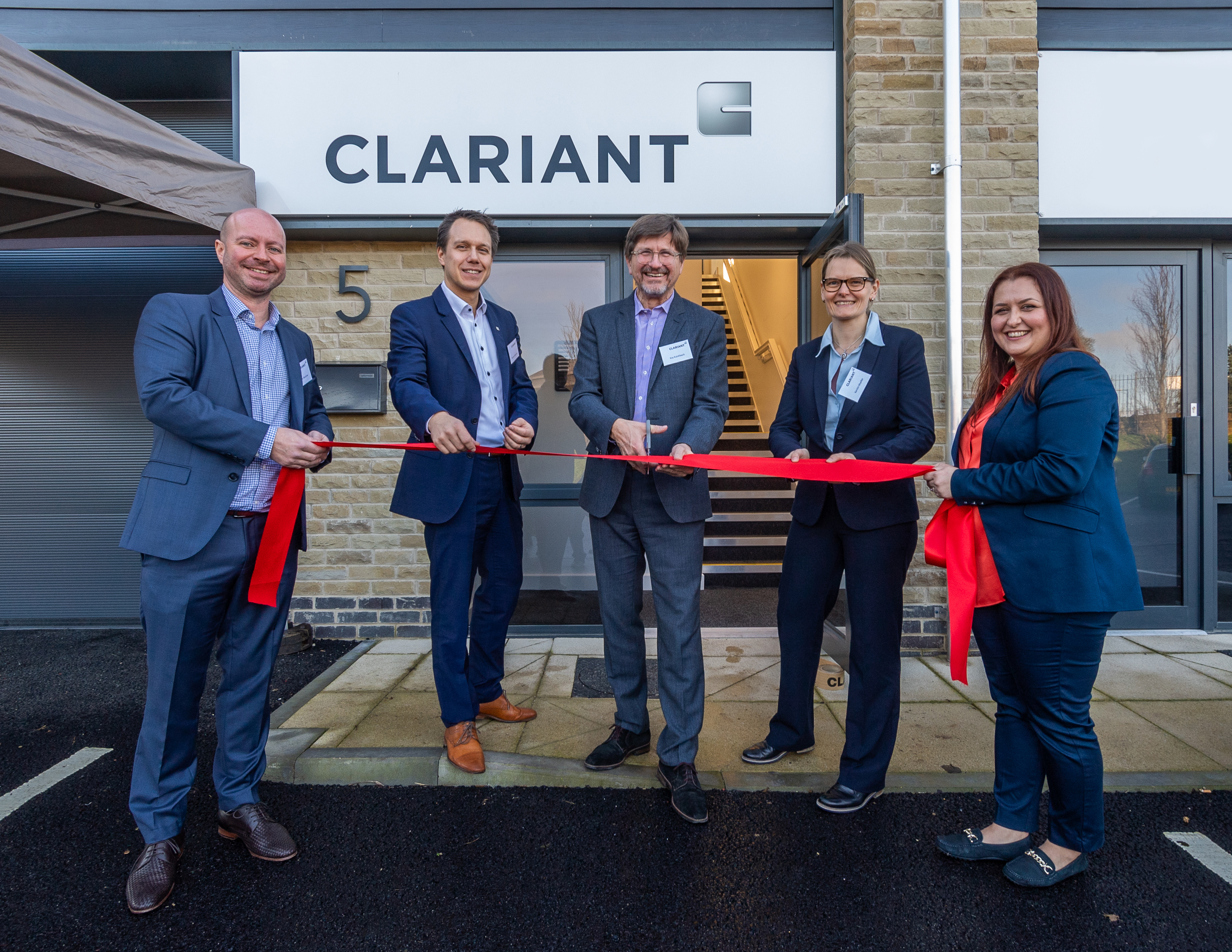 New technology for a new laboratory: Clariant Refinery Services opens state-of-the-art crude and f...