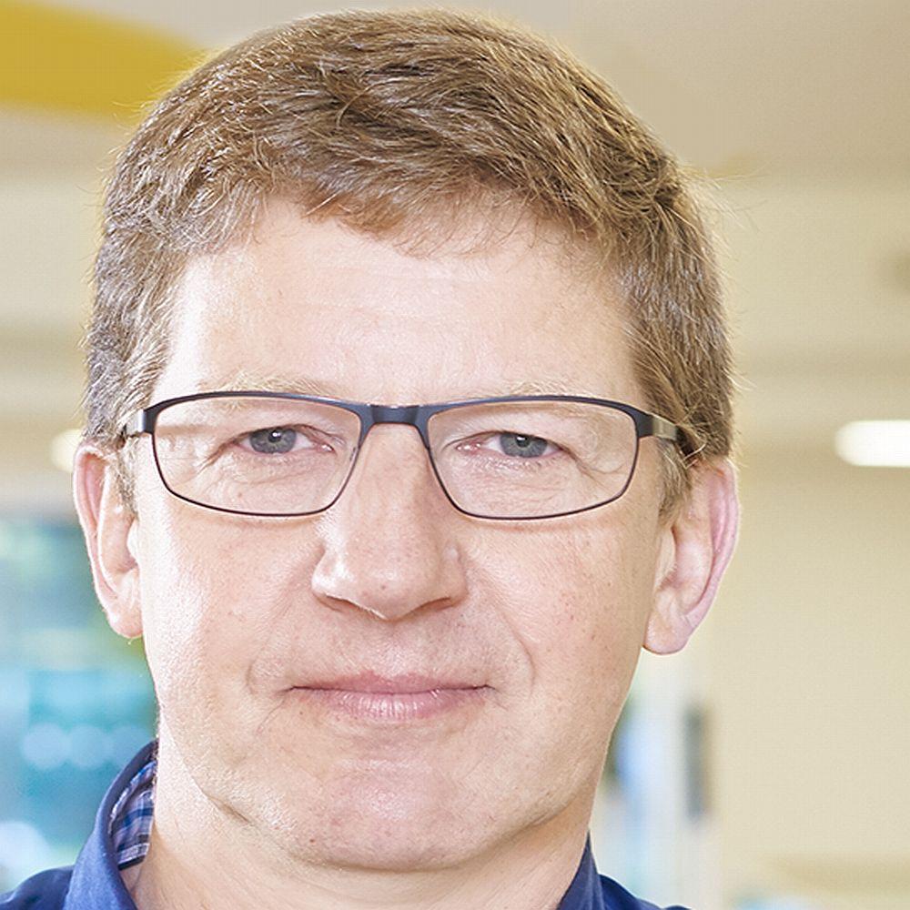 Dr. Frank Kueber